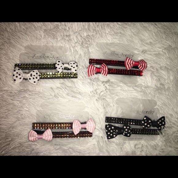 Accessories - New bow hair clips